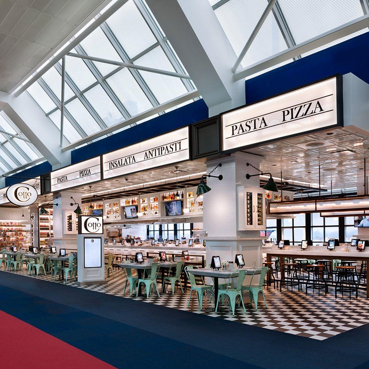 Εστιατόρια αεροδρομίων υψηλή μαγειρική στις πίτσες και μακαρονάδες