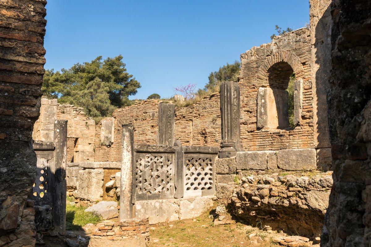 Εργαστήριο Φειδία, Παλαιοχριστιανική Βασιλική της Ολυμπίας, Αρχαία Ολυμπία