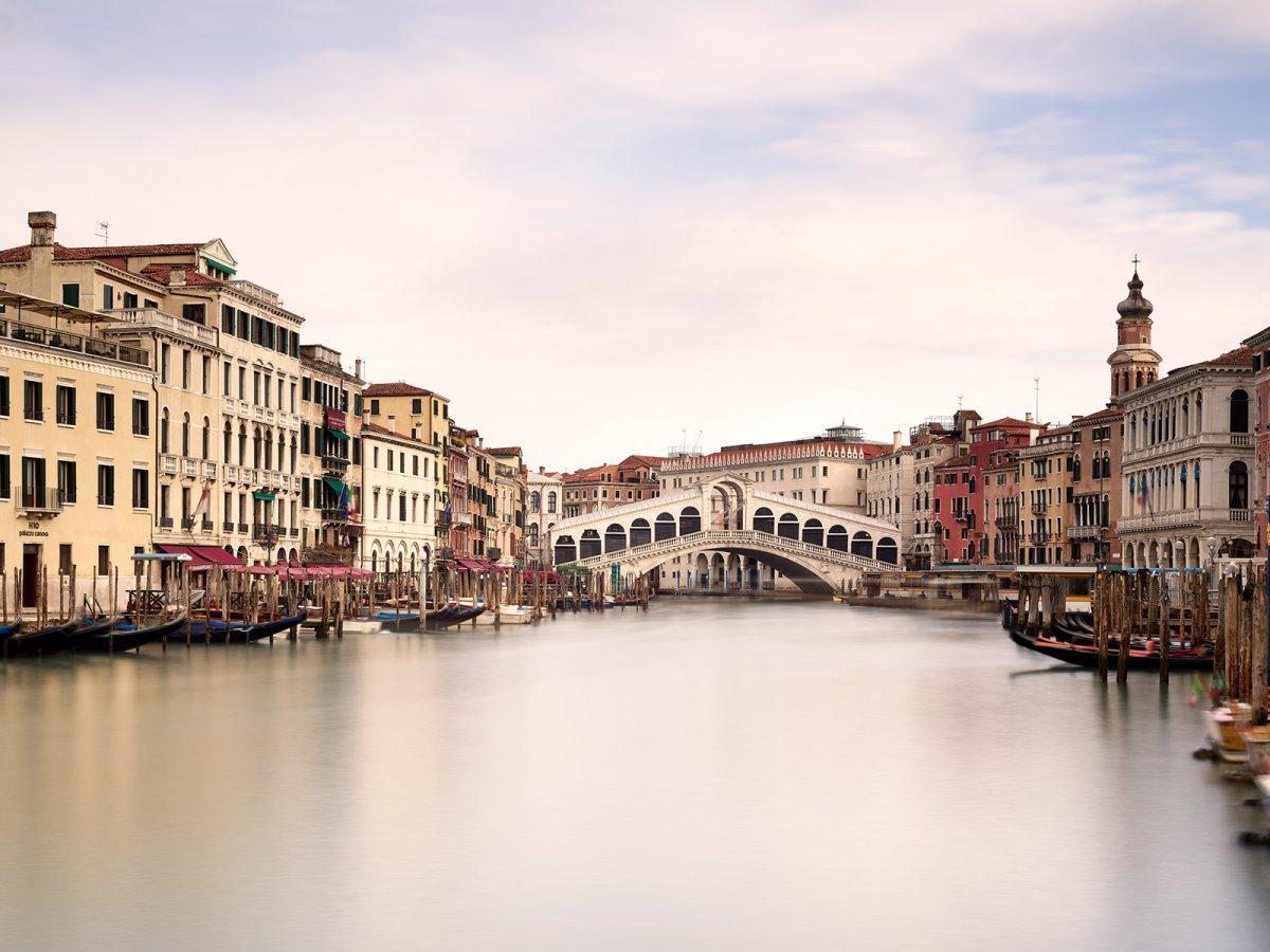 ιστορική γέφυρα Ponte di Rialto Βενετία