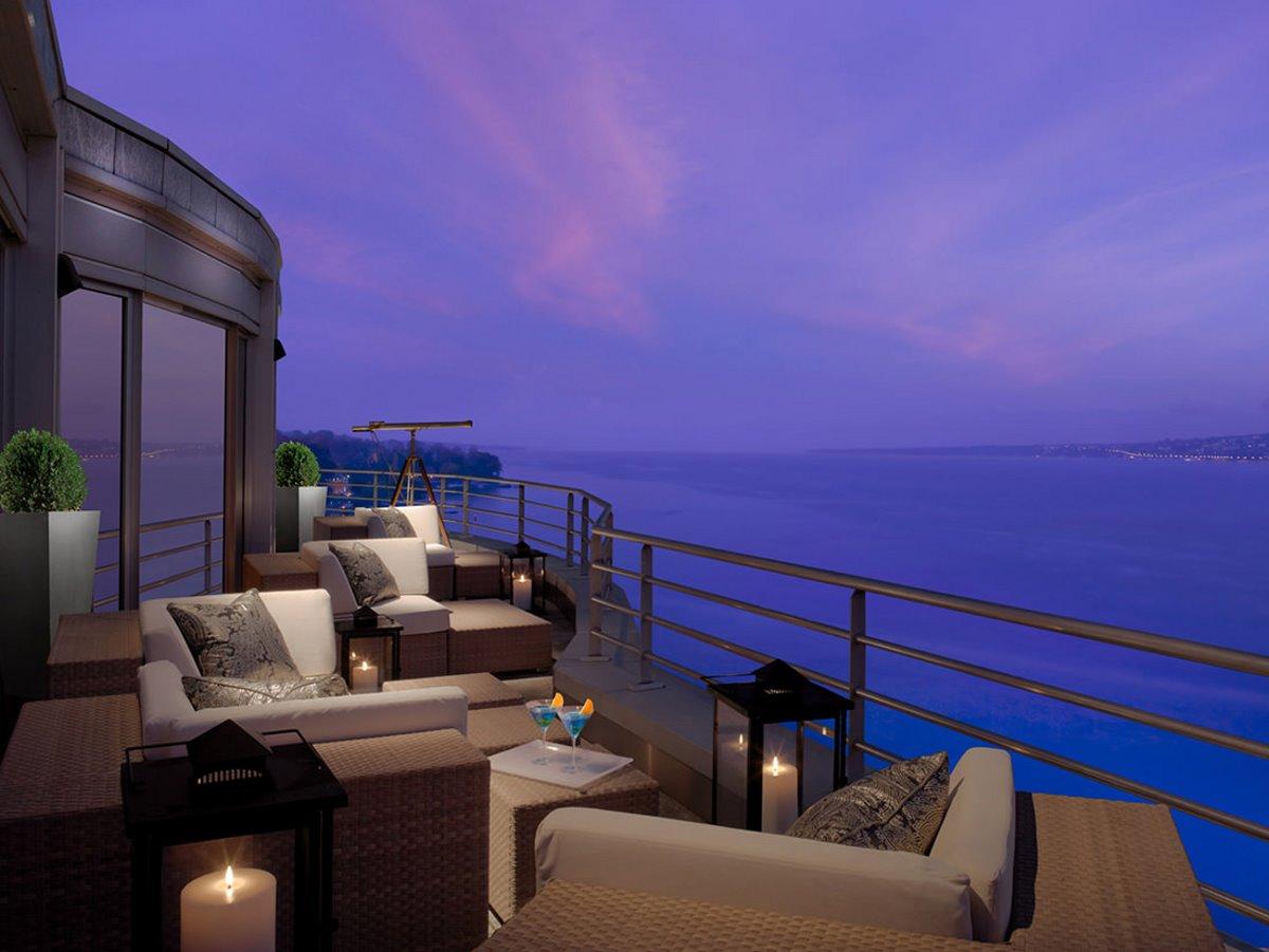 Hotel President Wilson Suite ακριβότερη σουίτα που έχει υπέροχη θέα στη λίμνη