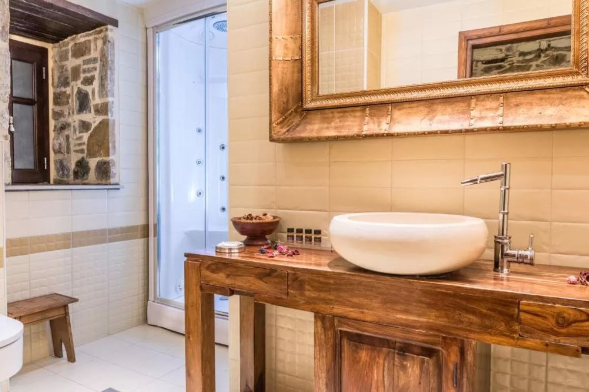 Iliopetra suites Πήλιο, μπάνιο