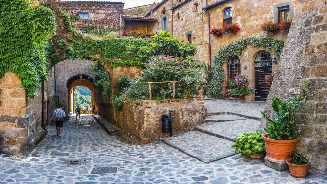 μοντέλο διαμονής σε ιταλικά χωριά
