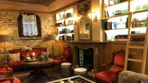 Ιωάννινα: Ο Τάσος Δούσης προτείνει τον πιο παραμυθένιο ξενώνα με βαθμολογία 9,6 – Αριστούργημα της παραδοσιακής αρχιτεκτονικής