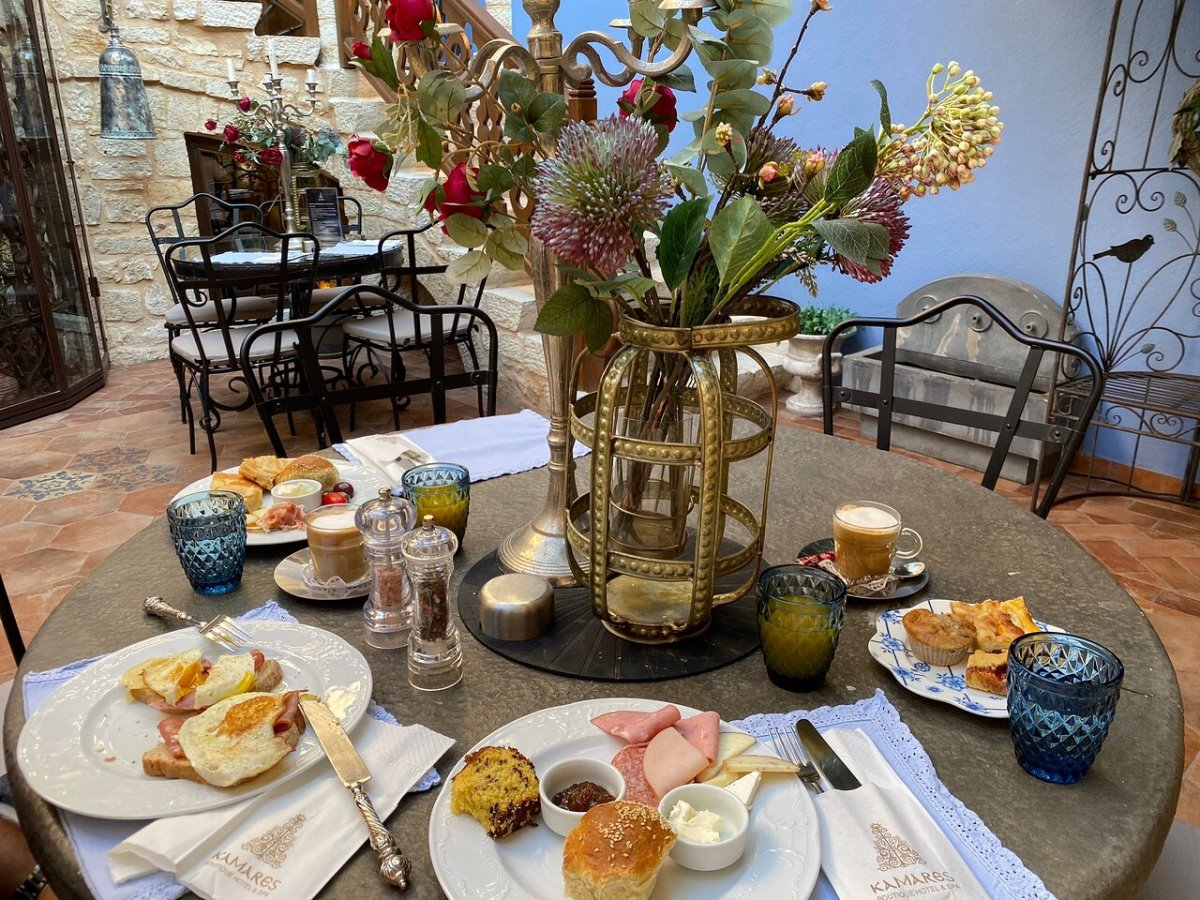 Kamares Boutique Hotel Ιωάννινα το υψηλής γαστρονομίας πρωινό