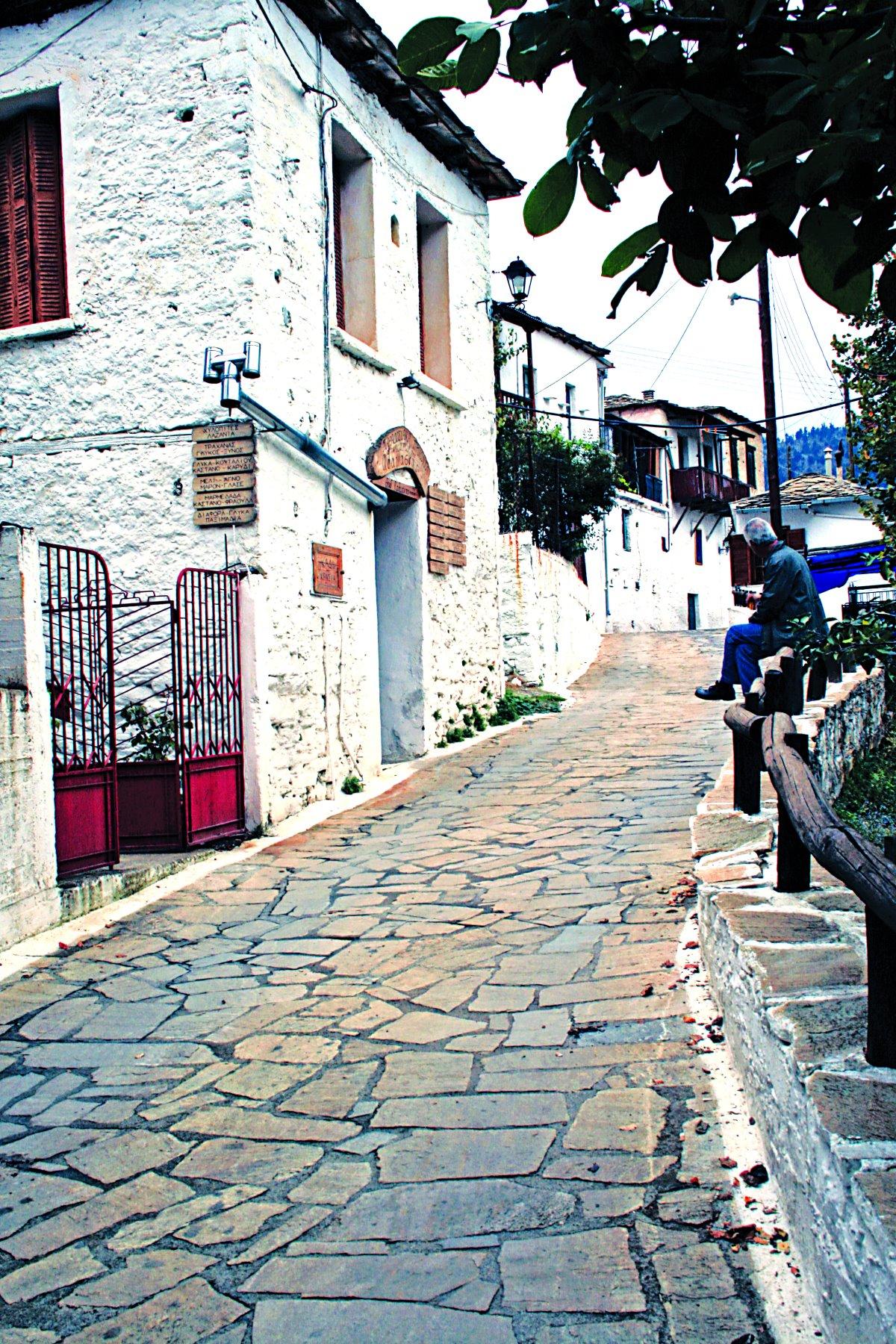 Καστάνιτσα, βόλτα στο χωριό
