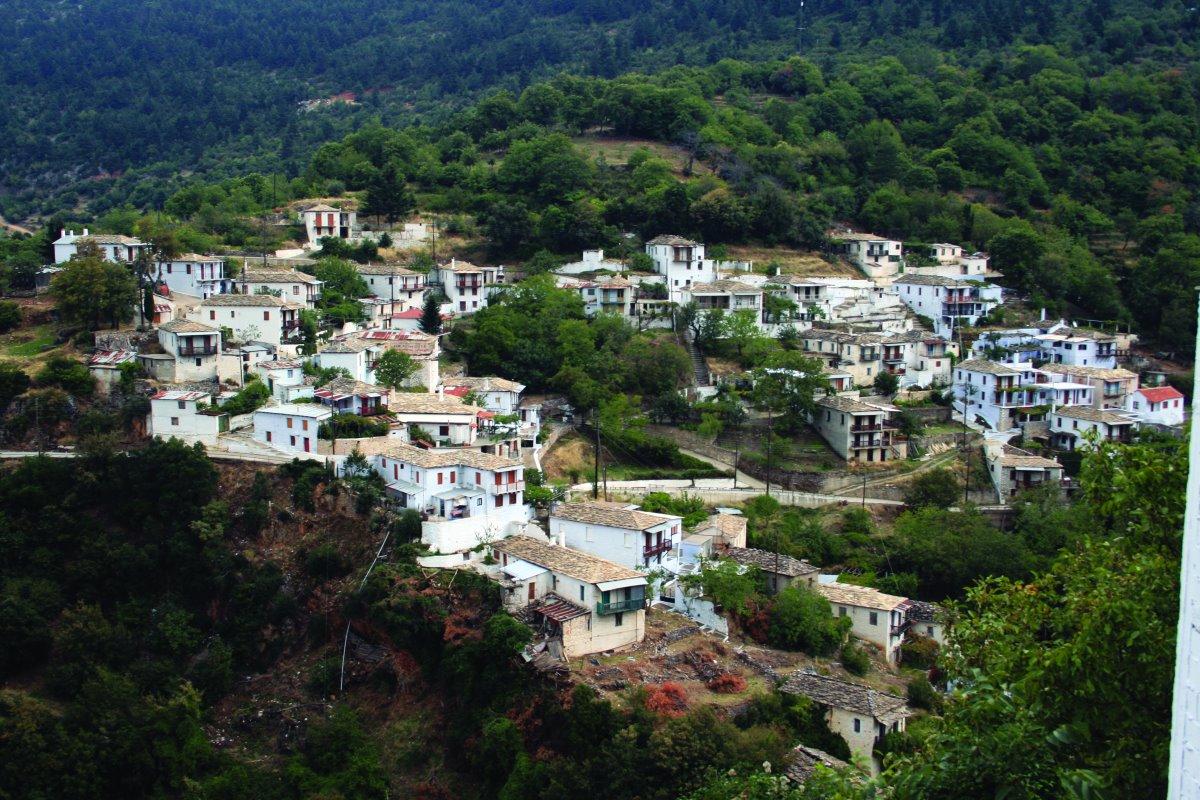 Καστάνιτσα, πανοραμική άποψη του χωριού