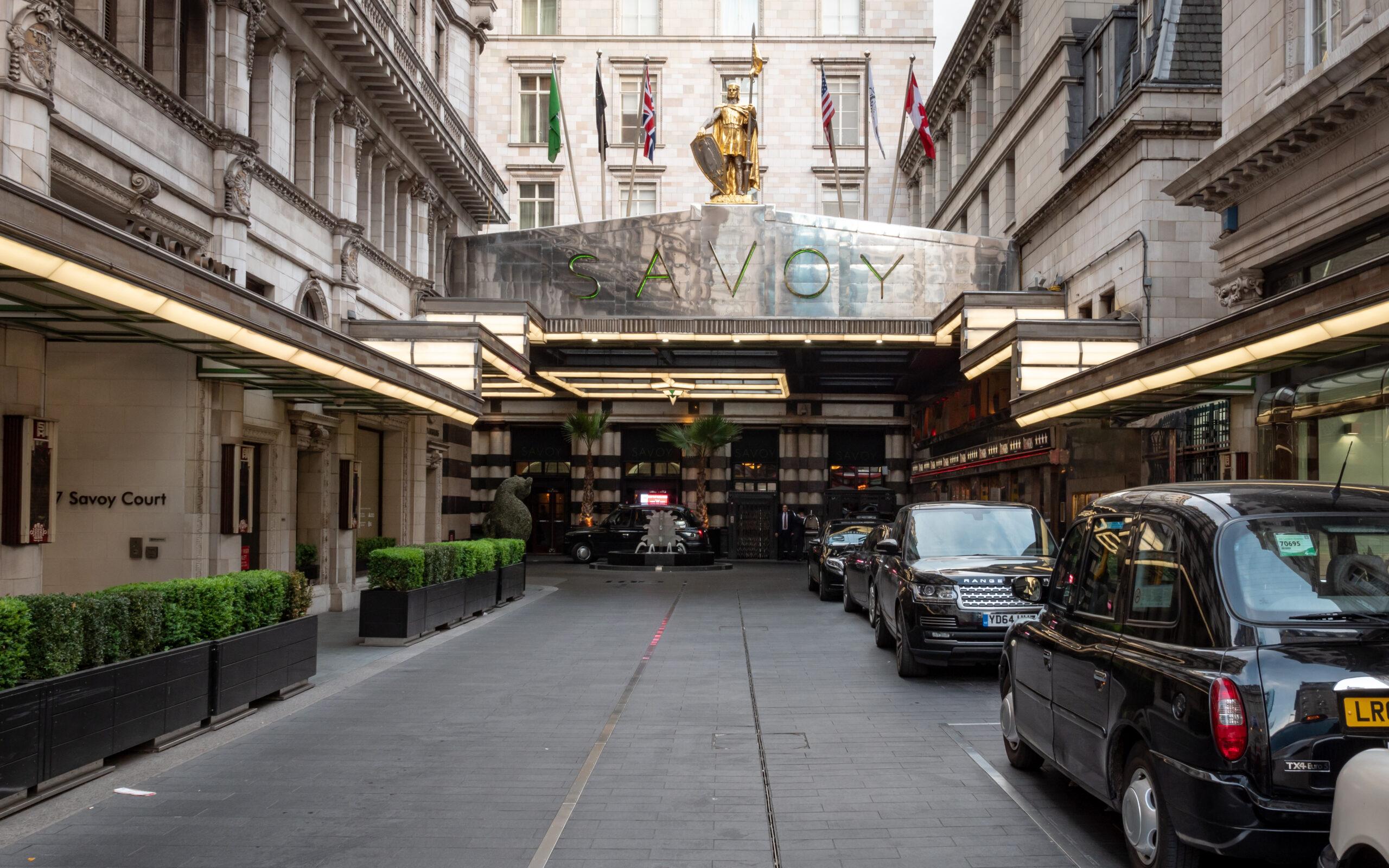 Savoy Court στο Strand