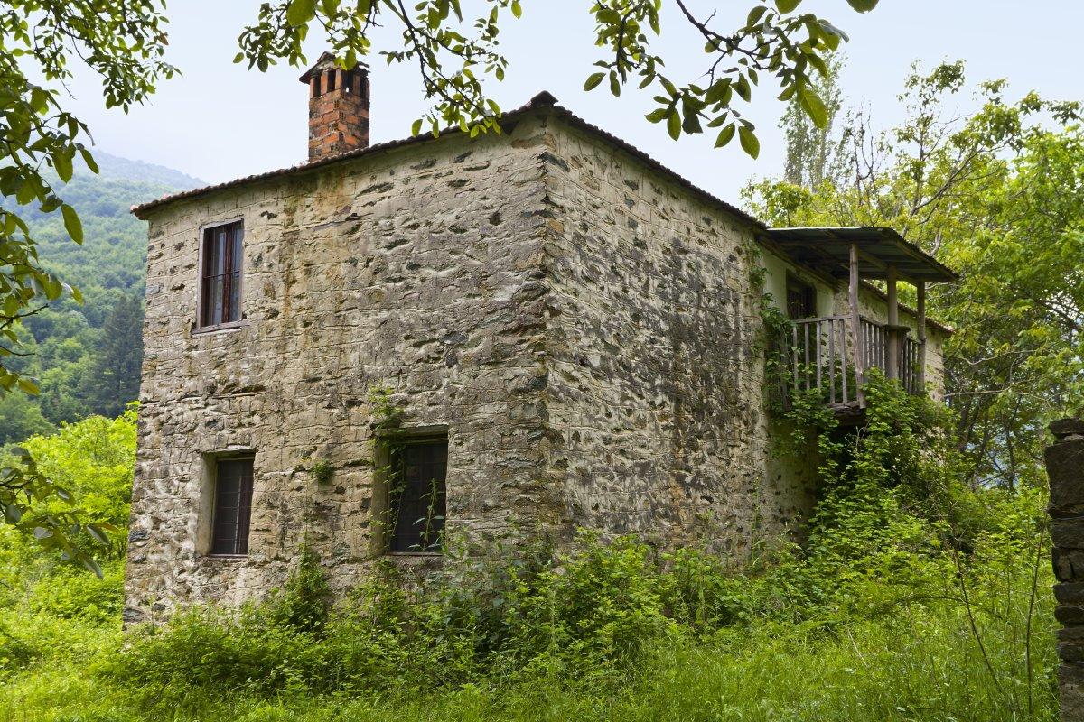 Μόρνα, τα σπίτια μετά την εγκατάλειψη