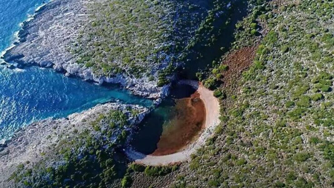 Παπά Λίμνα Μεθώνη