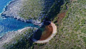 Η μικρή… Βοϊδοκοιλιά βρίσκεται στη Μεθώνη – Του Παπά η Λίμνα συναγωνίζεται τη… μεγάλη αδελφή της στη Μεσσηνία! (βίντεο)