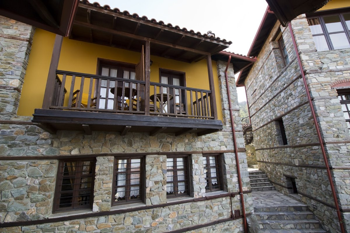 Πλειάδες Παραδοσιακός Ξενώνας, Παλαιός Παντελεήμονας