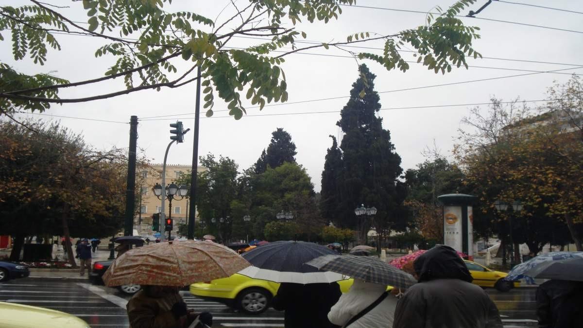 Βροχερός καιρός αθήνα 9-12