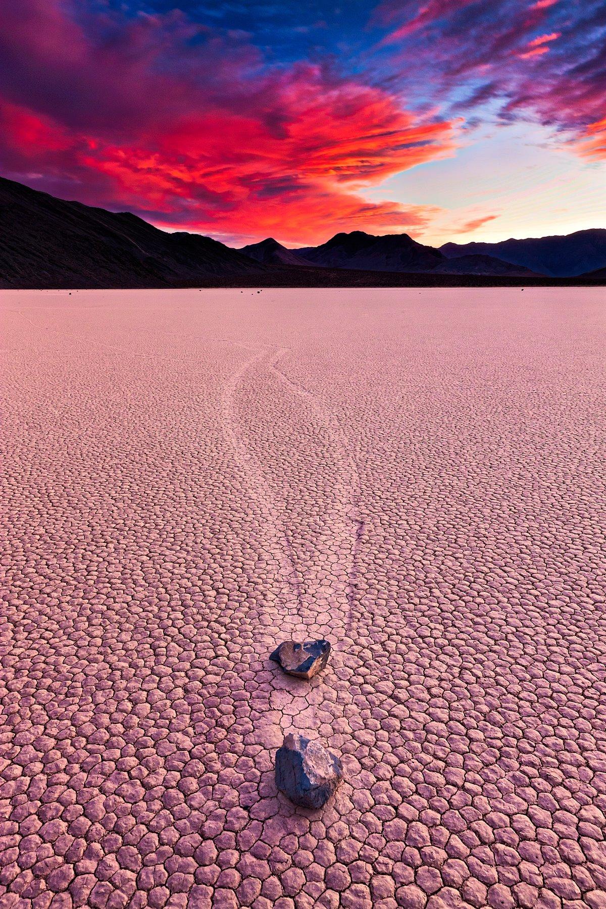 Μετακινούμενες πέτρες  Εθνικό Πάρκο Death Valley