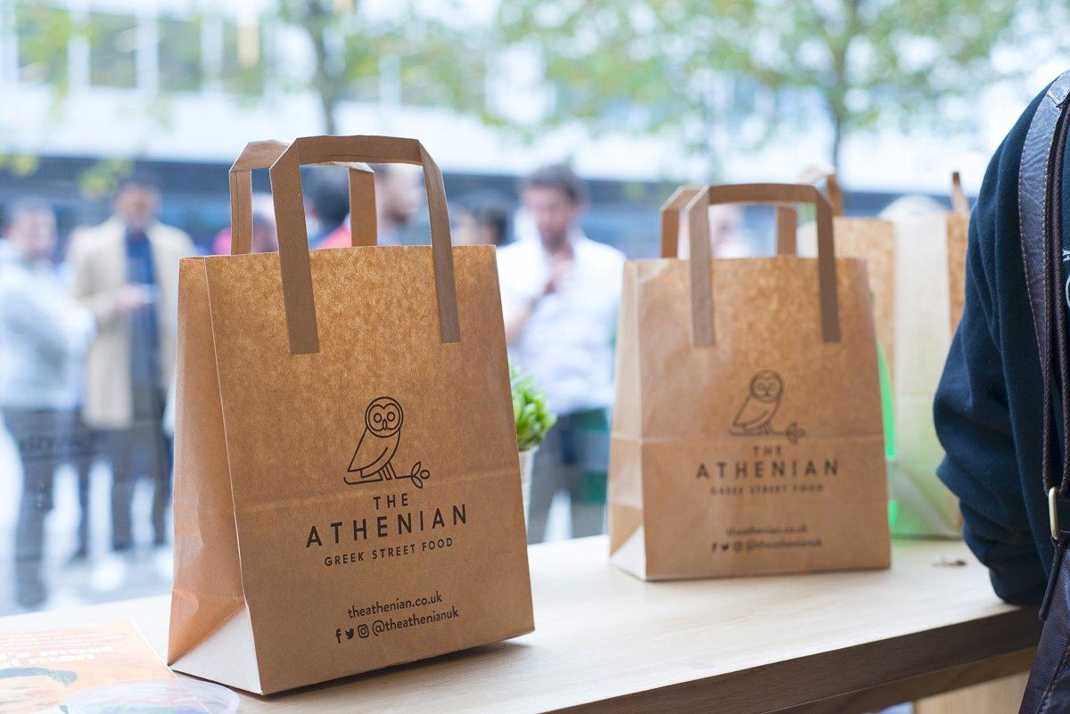 The Athenian Βρετανία σουβλατζίδικο καλύτερο εστιατόριο