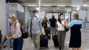 Έρευνα: Πόσο θα αλλάξει ο ελληνικός τουρισμός μετά τον κορονοϊό;