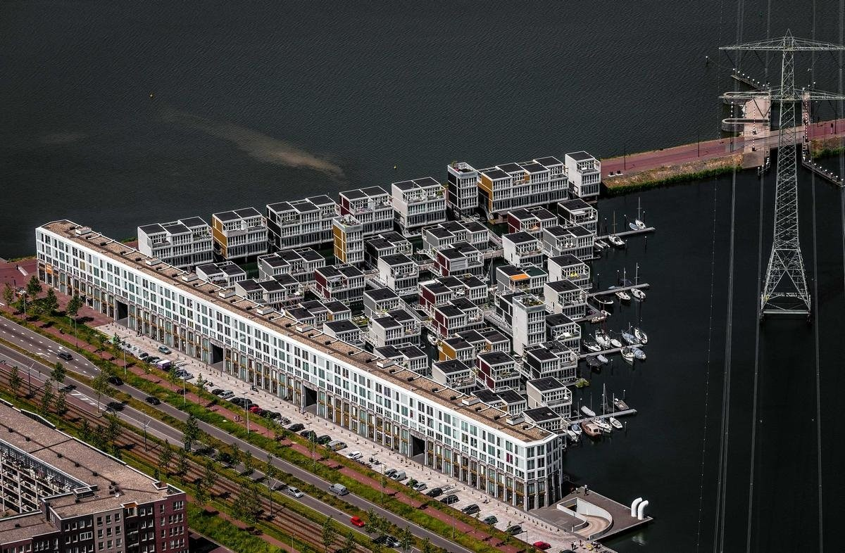 πλωτή γειτονιά Άμστερνταμ τέλεια οικιστική πρόταση