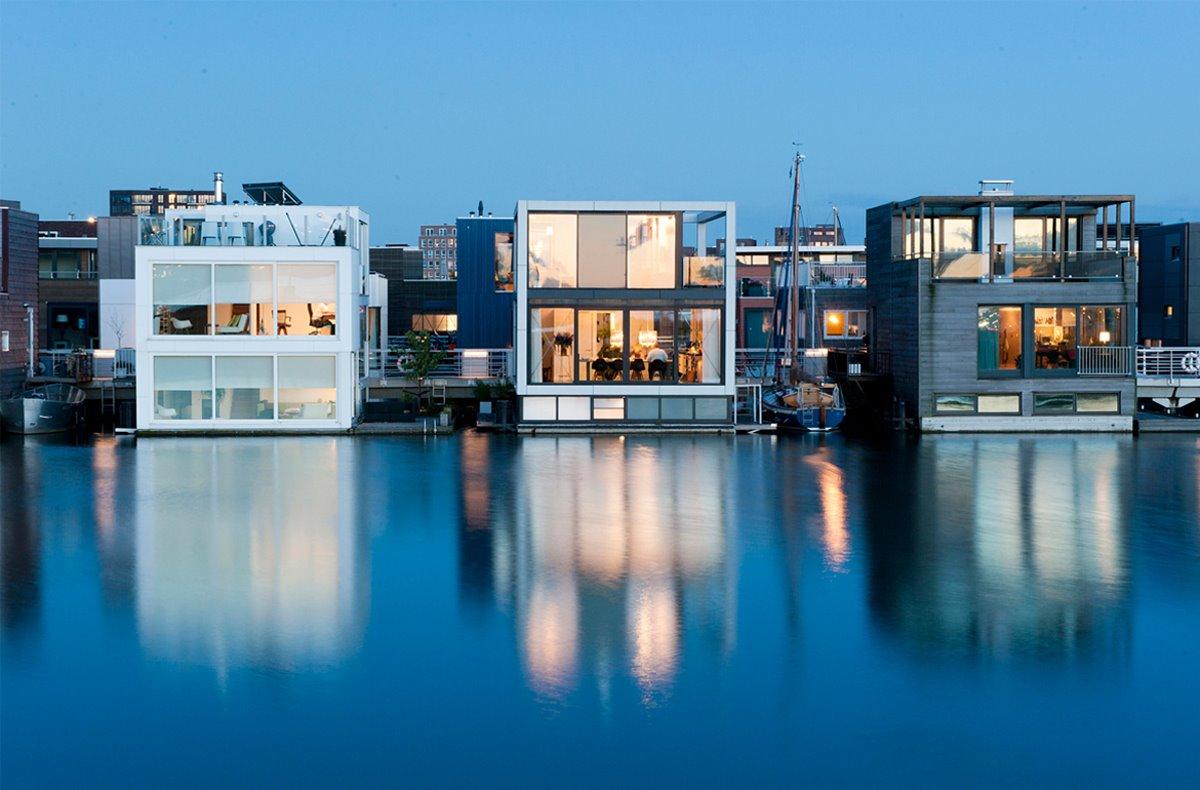 πλωτή γειτονιά Άμστερνταμ σπίτια πάνω στο νερό