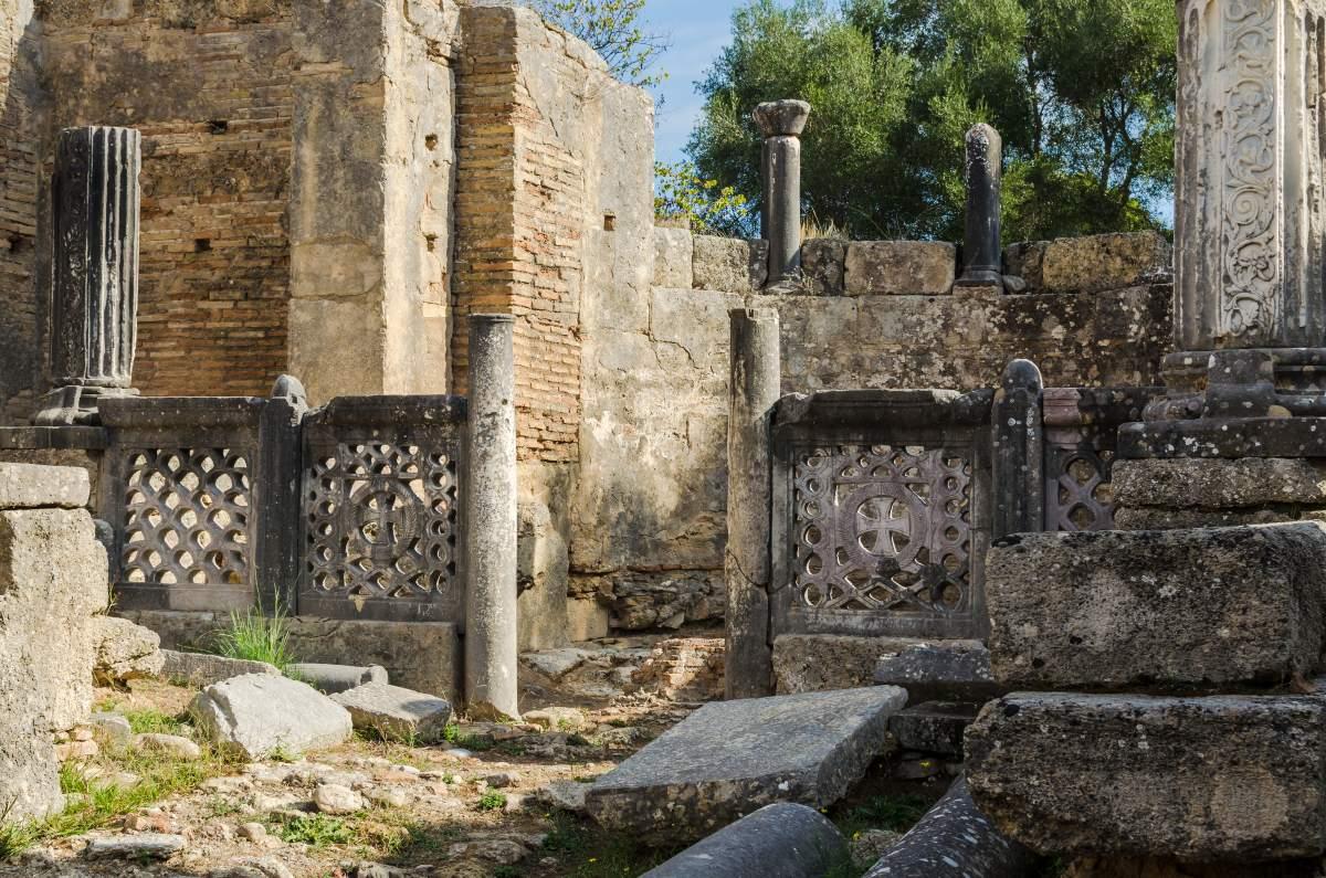 Ερείπια στο Εργαστήριο Φειδία, Αρχαία Ολυμπία