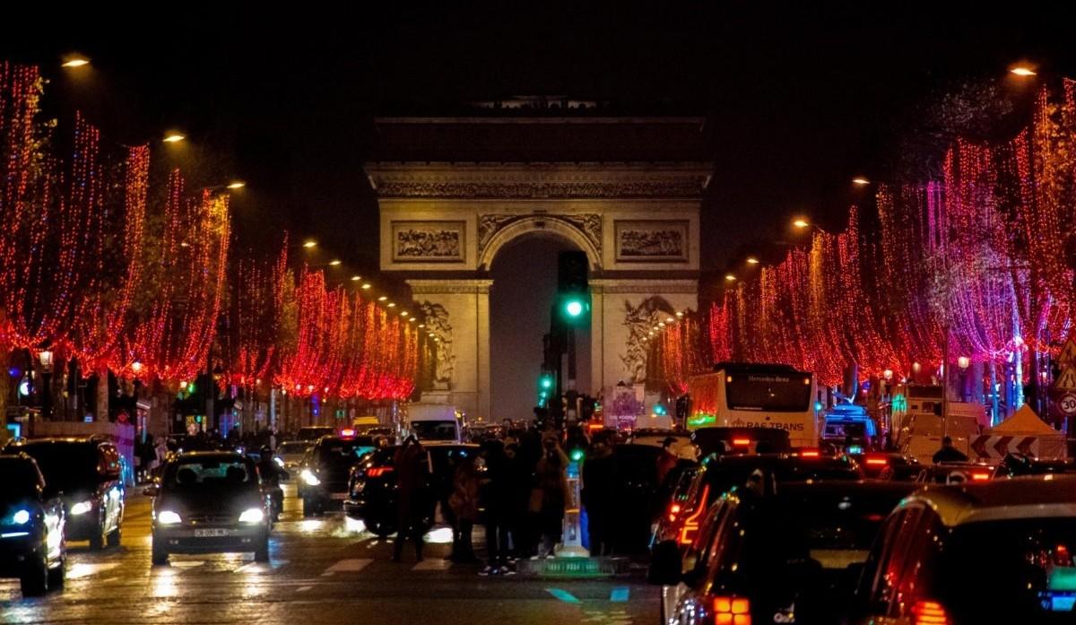 Χριστούγεννα 2020 Παρίσι