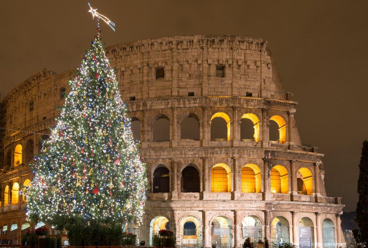 χριστουγεννιάτικο δέντρο ρώμη