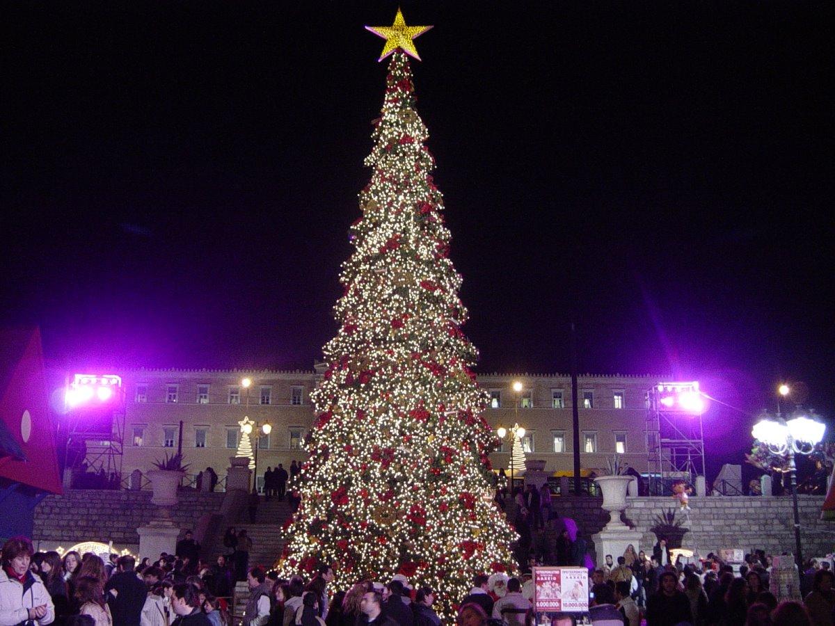 Χριστουγεννιάτικο δέντρο αθήνα 2005