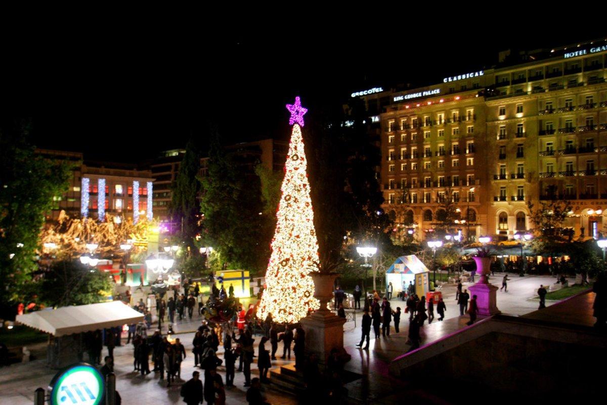 Χριστουγεννιάτικο δέντρο αθήνα 2009