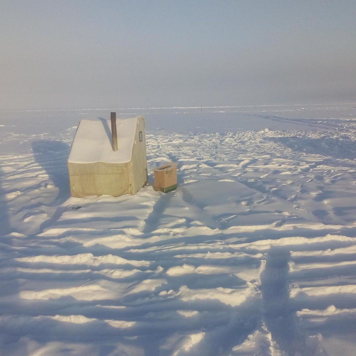 επαρχία σκεπασμένη με χιόνι στο Yakutsk Σιβηρία κρύα πόλη