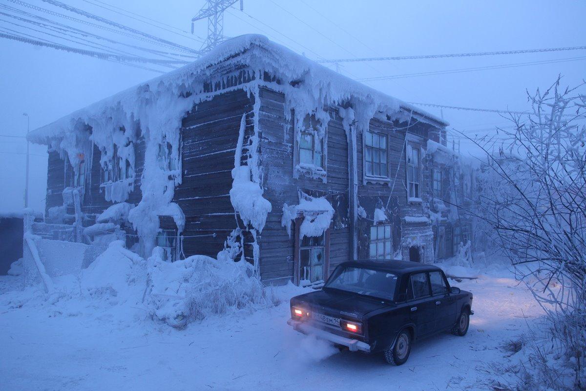 χιόνι στο Yakutsk Σιβηρία κρύα πόλη