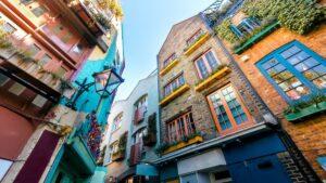 Κάνουμε ένα φωτογραφικό ταξίδι στα 10 πιο πολύχρωμα μέρη του κόσμου!