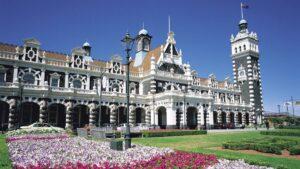 Οι 15 πιο εντυπωσιακοί σταθμοί τρένων στον κόσμο!