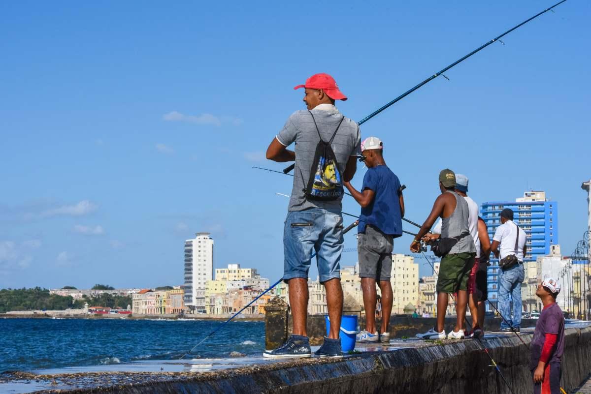 Ψάρεμα, El Malecon, Αβάνα