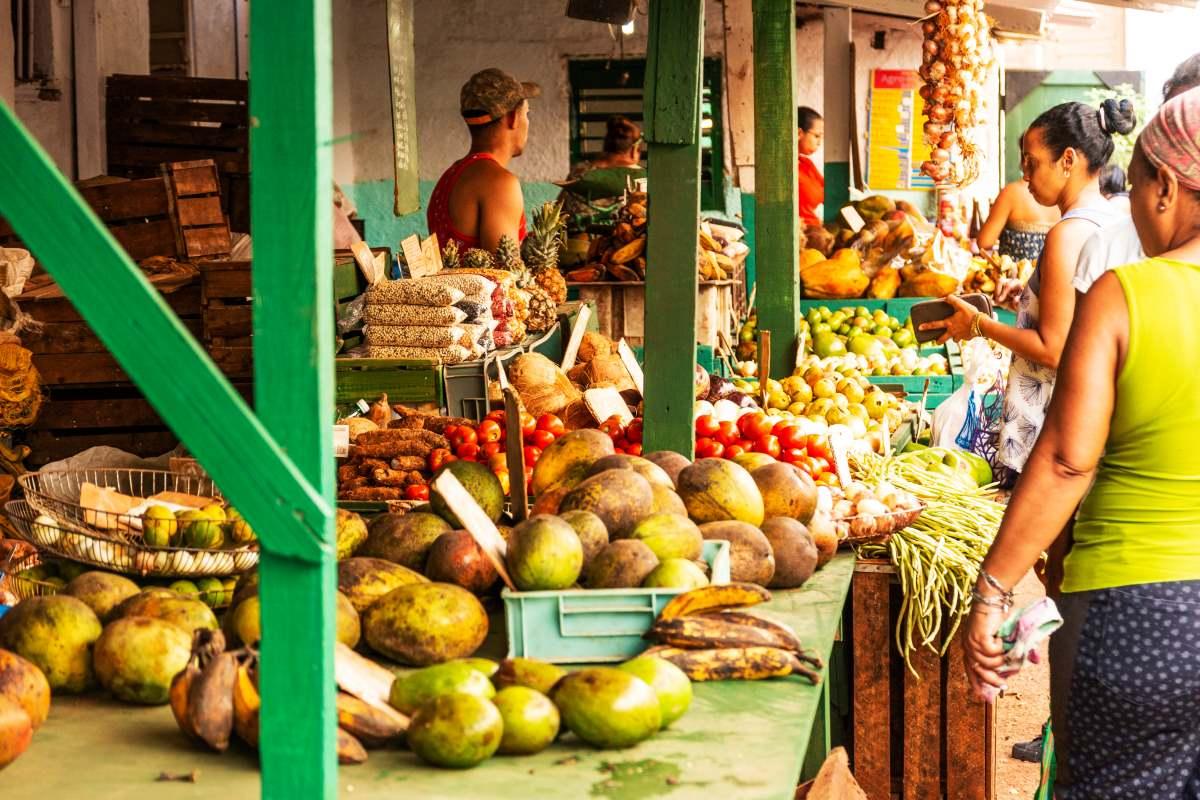 Υπαίθρια Αγορά Αβάνα