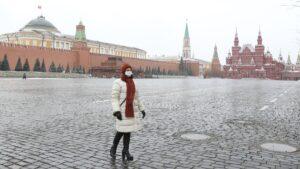 Χαλαρώνουν τα μέτρα για τον κορονοϊό στη Μόσχα και από την άλλη κίνδυνος για νέο lockdown στη Γαλλία!