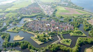 7 ευρωπαϊκές πόλεις χτισμένες σε σχήμα αστεριού & η σημασία της κατασκευής τους – Μνημεία της UNESCO για την τέλεια γεωμετρική ομορφιά τους! (βίντεο)