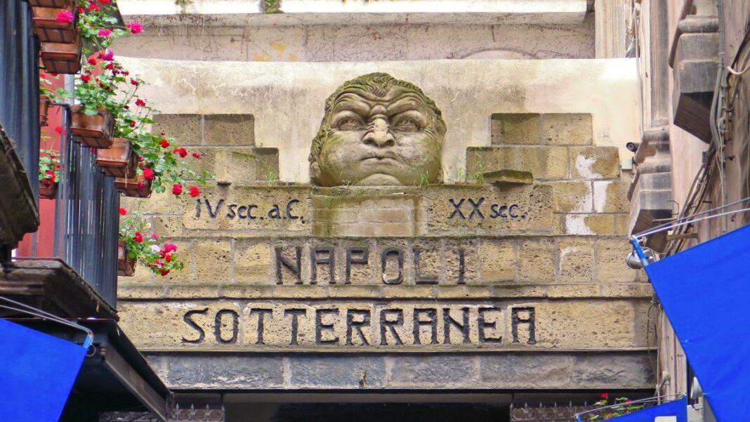 Υπόγειες πόλεις, Napoli Sotteranea