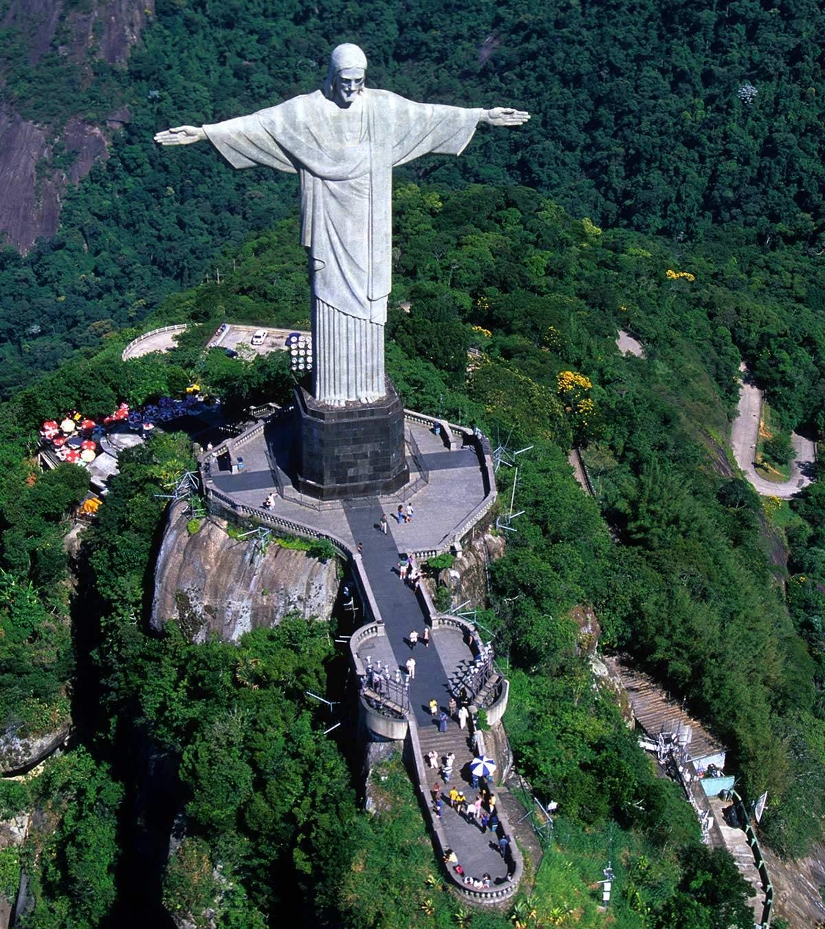 Άγαλμα του Χριστού Λυτρωτή