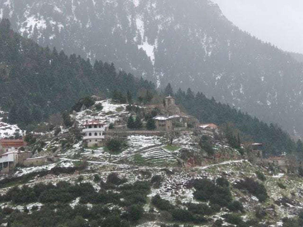 Άνω Βλασία ορεινή Αχαϊα Καλάβρυτα χιονισμένη