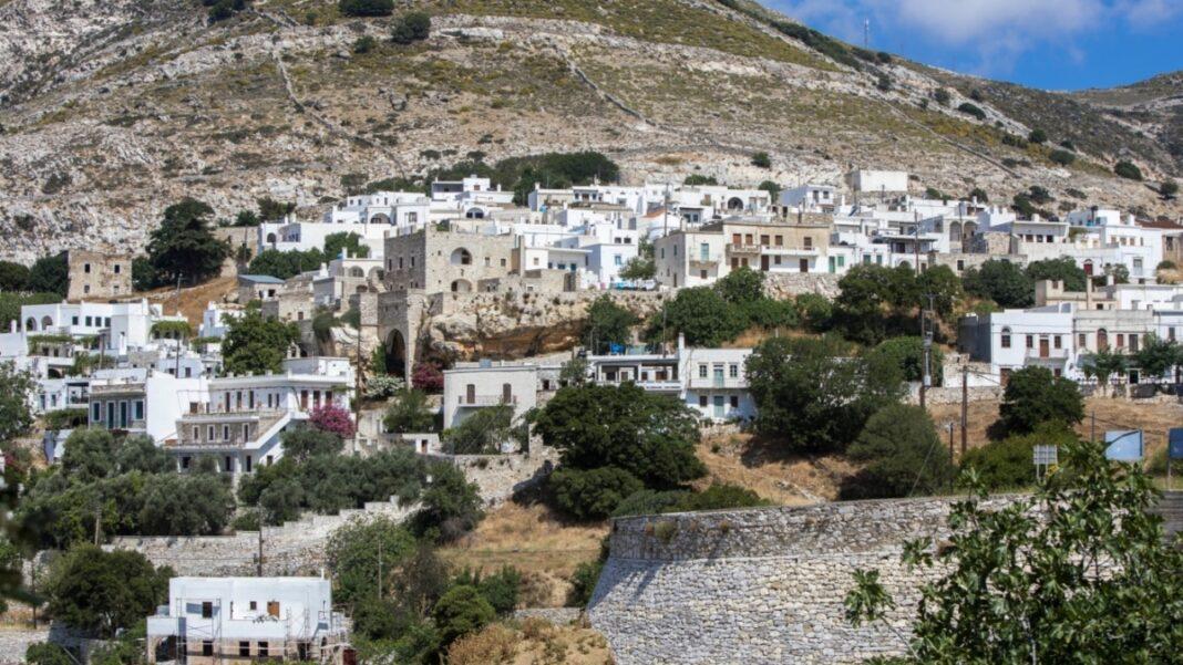 Απείρανθος χωριό Νάξου