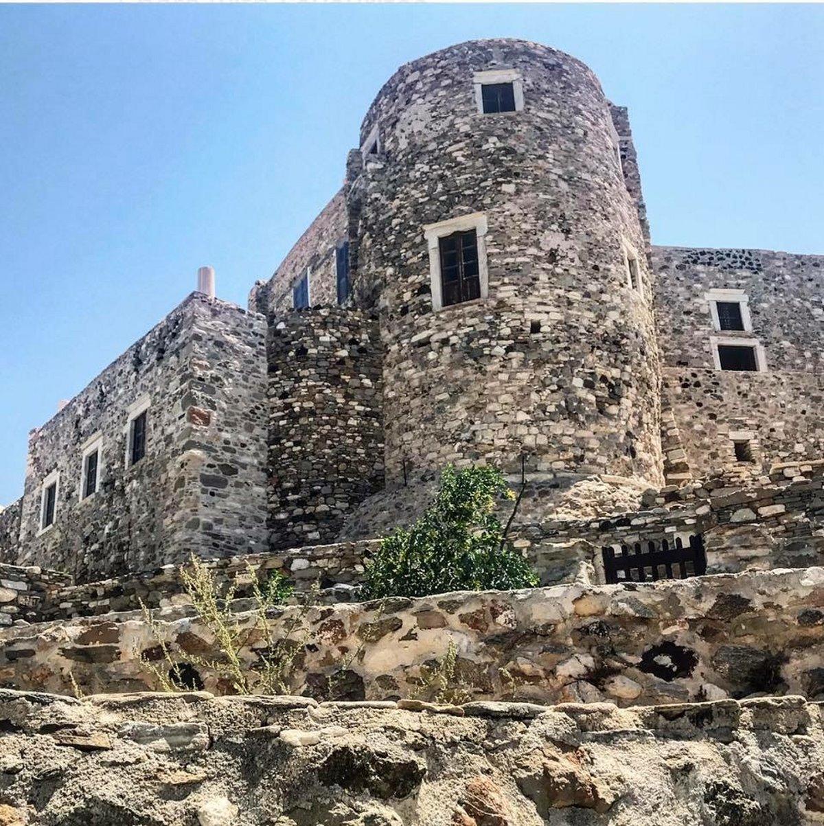 Απείρανθος κάστρο