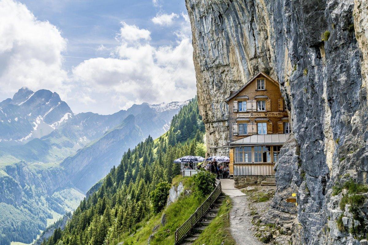ξενοδοχείο Aescher Ελβετία με φανταστική θέα