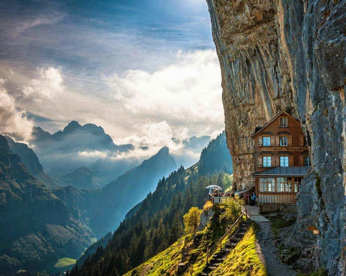 ξενοδοχείο Aescher Ελβετία με υπέροχη θέα