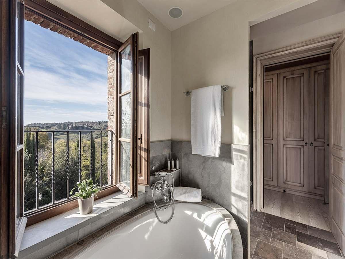 Castel Monastero πολυτελές μπάνιο