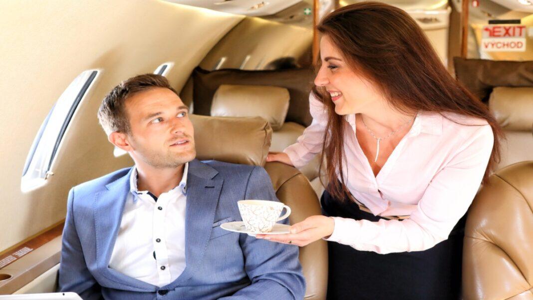 καφές αεροπλάνο αεροσυνοδός