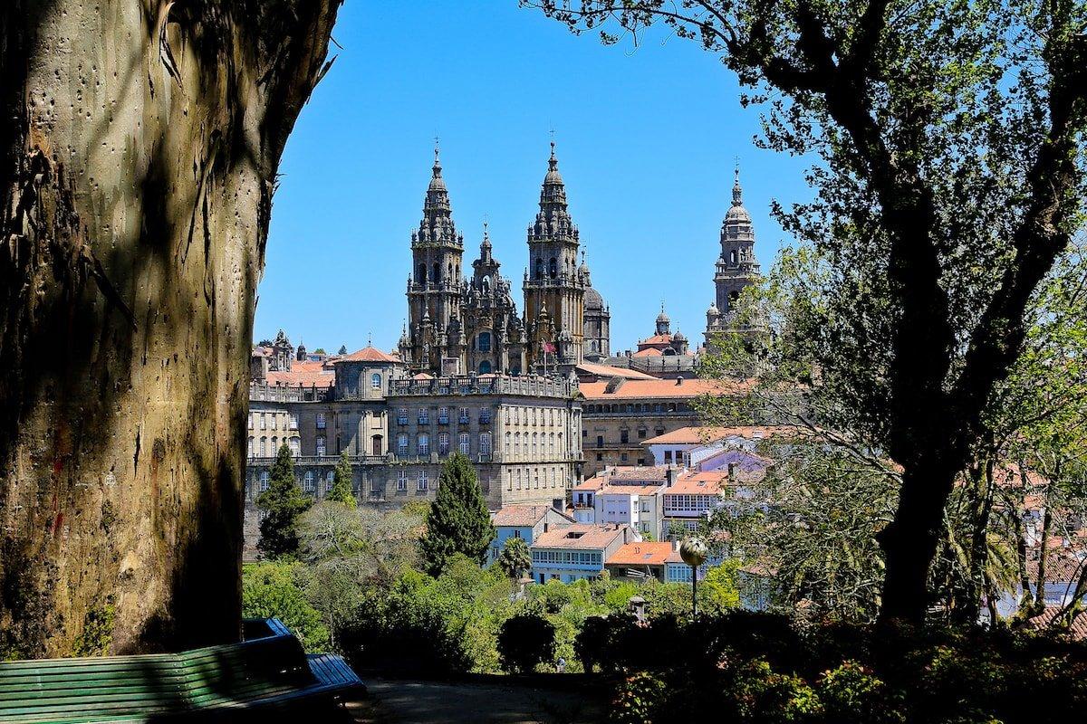 Κομποστέλα, Ισπανία