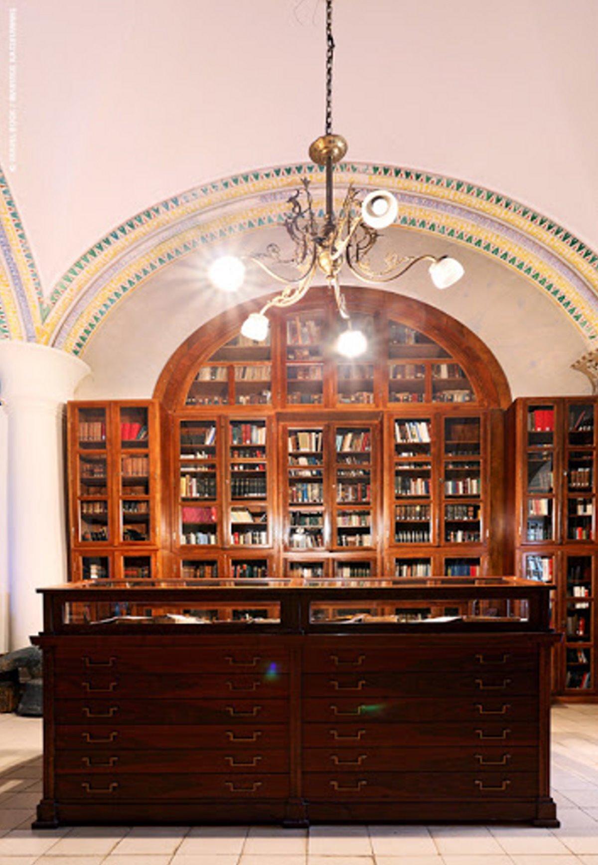 Η αρχαιότερη βιβλιοθήκη στην Ελλάδα