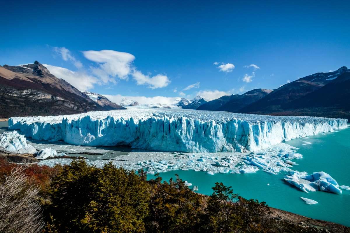Στο Perito Moreno Glacier στο Εθνικό Πάρκο Glacier