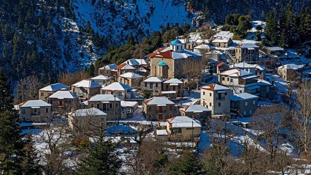 Χιονισμένα χωριά στην Ευρυτανία