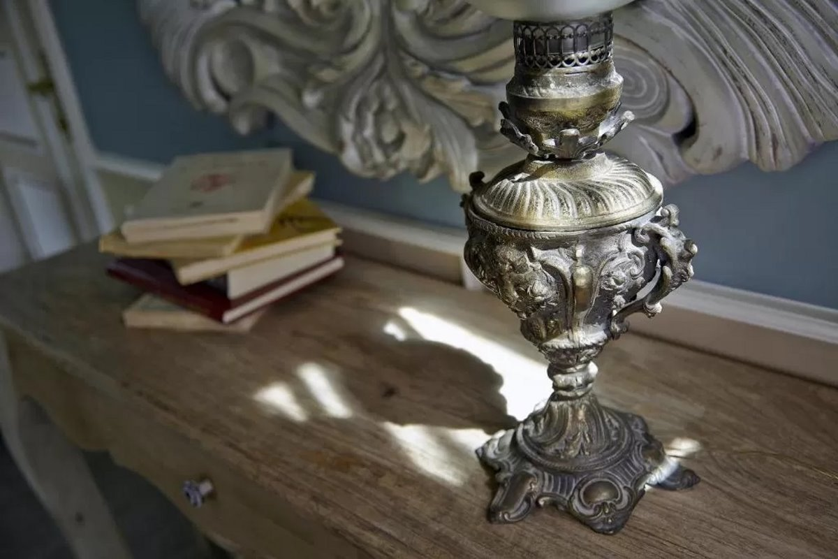 Kastro Guesthouse Ιωάννινα δωμάτιο λεπτομέρεια από κρεβατοκάμαρα