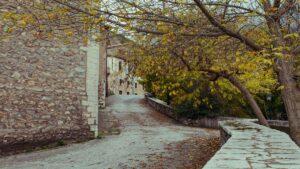 Ταξιδεύουμε σε 5 άγνωστα στους περισσότερους αλλά πανέμορφα χωριά της Πελοποννήσου!