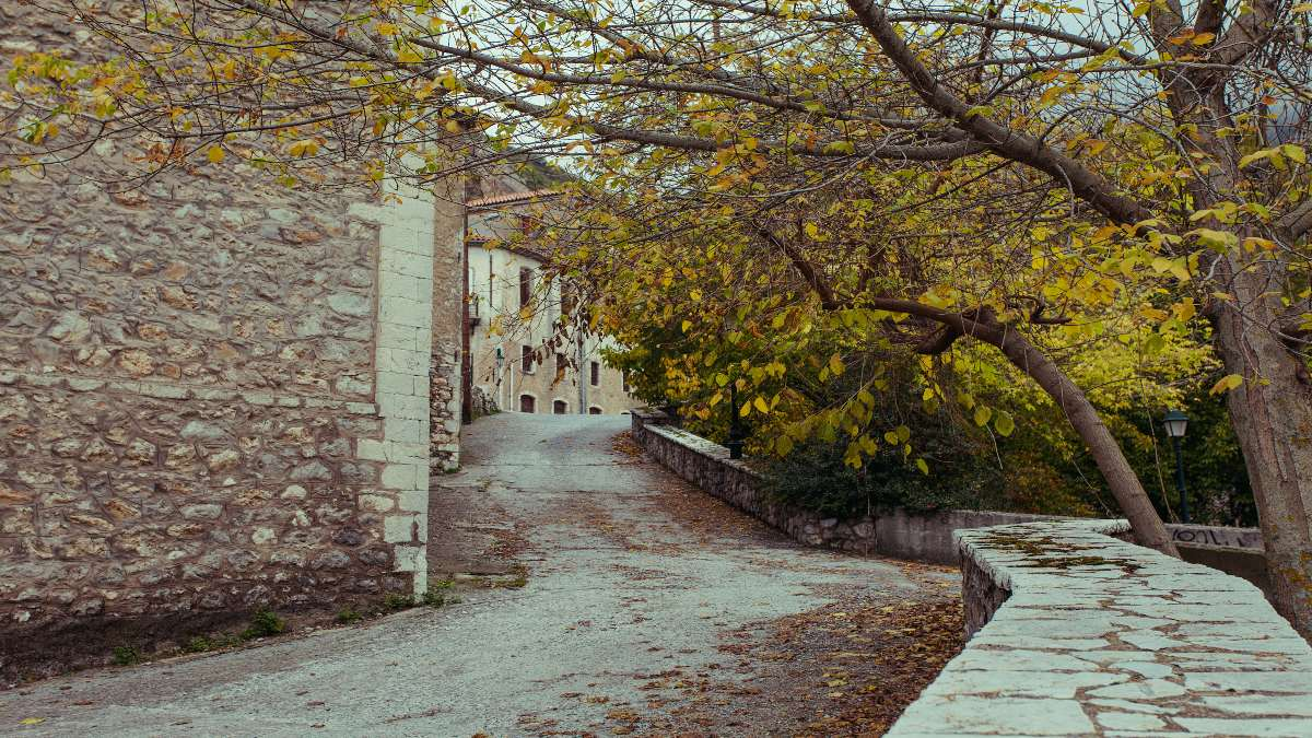5 άγνωστα αλλά πανέμορφα χωριά της Πελοποννήσου